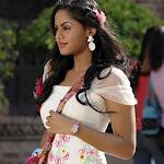 Karthika Telugu Actress Stylish Images