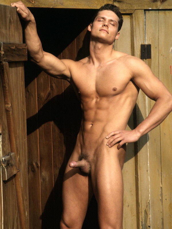 Famosos Pillados Desnudos