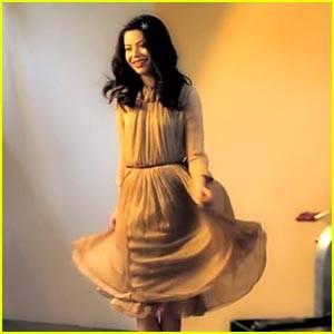 Miranda Cosgrove fan de Anne Hathaway