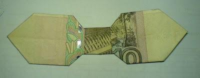 Монегами. Бабочка из 10 рублей