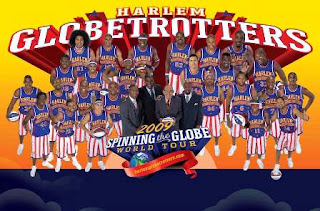 Harlem Globetrotters 2009 Spinning the Globe group photo