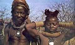 Casal Himba do Deserto Moçamedes