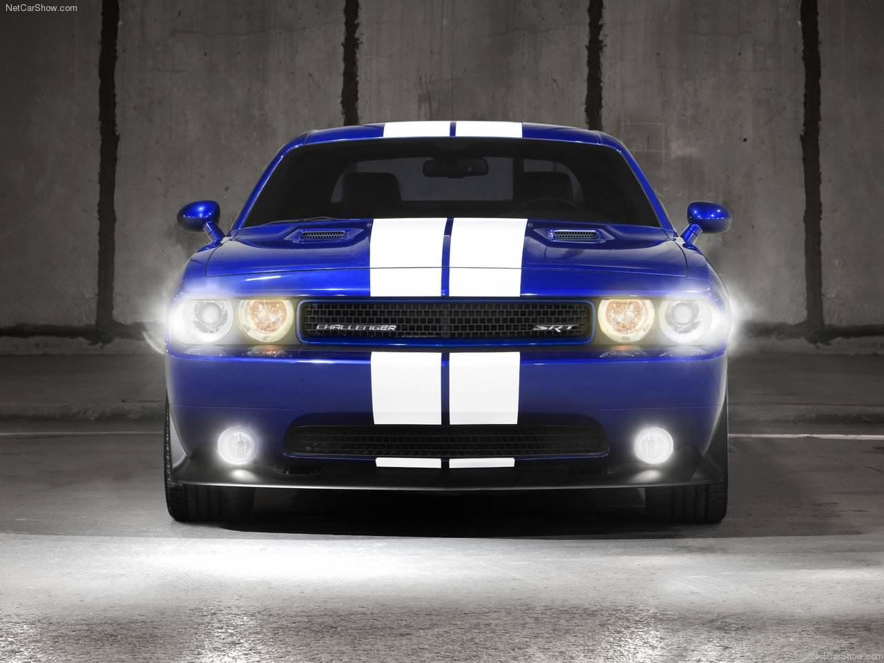 http://4.bp.blogspot.com/_1vrTNYggO-A/TQ5oF4J0QOI/AAAAAAAAAKI/B6KXvQ_fgdI/s1600/Dodge-Challenger_SRT8_392_2011_1280x960_wallpaper_09.jpg
