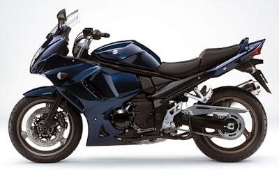 2011-Suzuki-GSX1250FA-dark