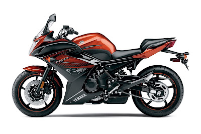 2011 Yamaha FZ6R review
