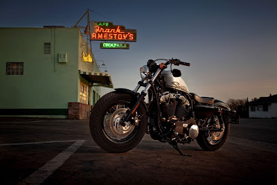 2011-Harley-Davidson-Forty-Eight-48-sportster