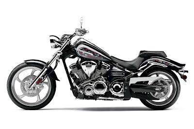 2011-Yamaha-VX1900S-Raider-S-Black