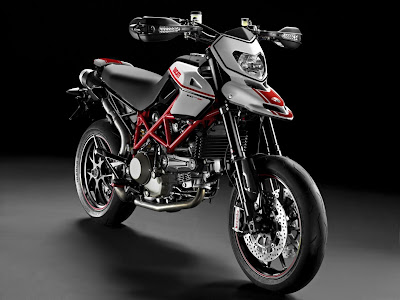 2011-Ducati-Hypermotard1100-EVO-SP