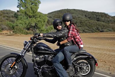 2011-Harley-Davidson-FXS-Blackline