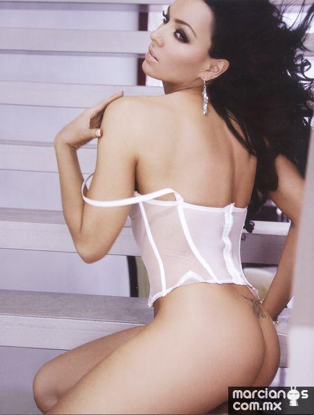 Ivonne Montero Desnuda
