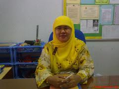 Guru Penolong Kanan Ko-Kurikulum