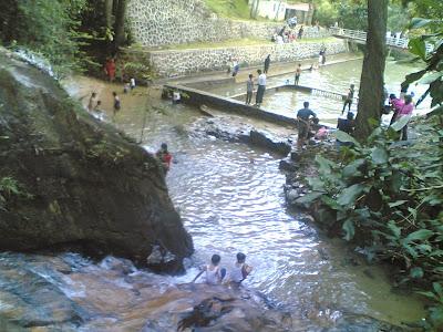 dabo singkep wisata alam air terjun batu ampar 7