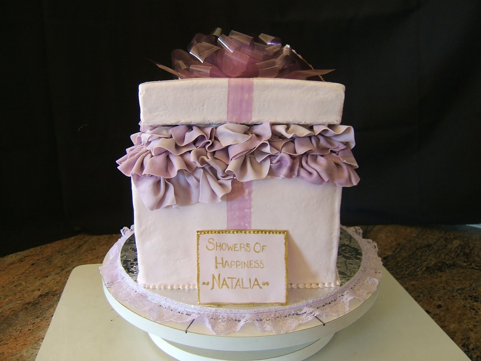 GORGEous Cakes by Kris: Bridal Shower Gift Box cake