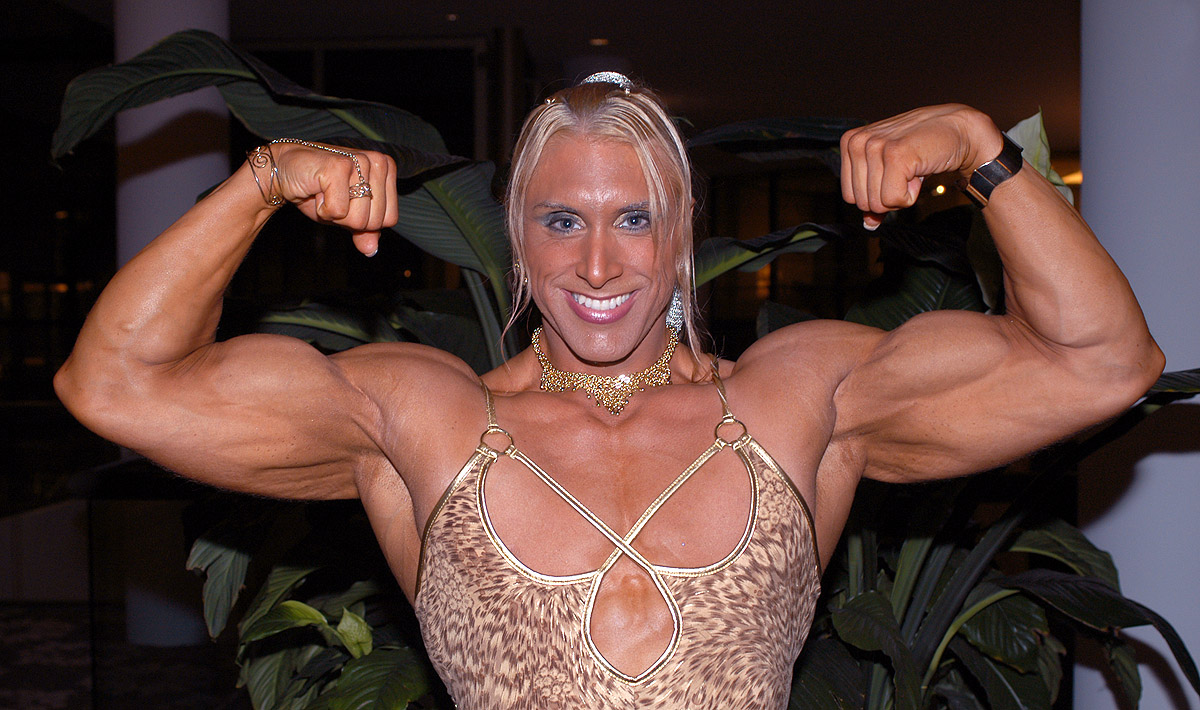 Geet - Eternal Music: Female-bodybuilder