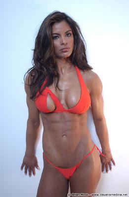 Figure Competitor - Davana Medina