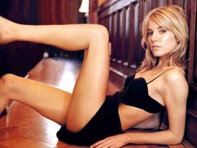 http://4.bp.blogspot.com/_2-7AdSkZA7I/RnqlzvVtnQI/AAAAAAAAHAU/pVRSq0SQD1I/s400/Sienna%2BMiller-sexy.jpg