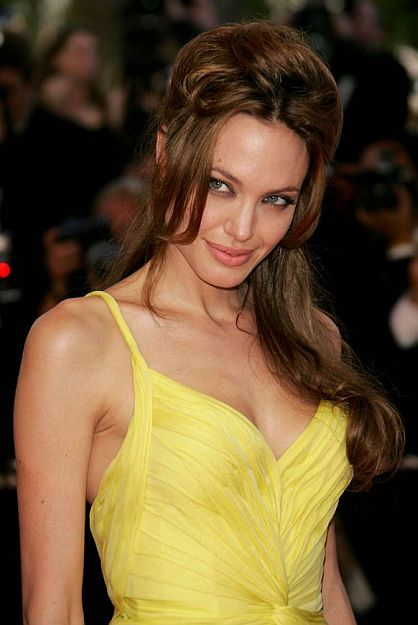 angelina jolie hot and sweetest pics Hot Sexy Movie Gallery Topless Bikini Bobbs