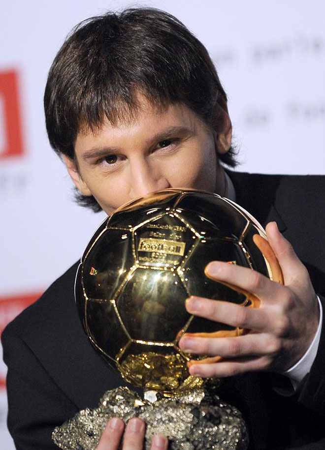 Video: Messi Vs Cristiano Ronaldo 2011!!
