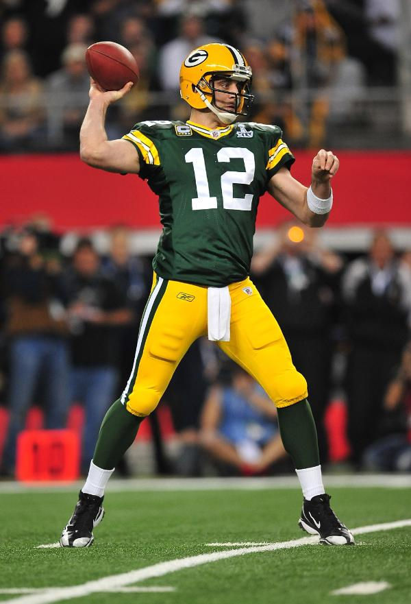 In Super XLV Aaron Rodgers Played An Incredible Game Throwing For 304 Yards While Completing 615 Percent Of His Passes Three 39 Connected