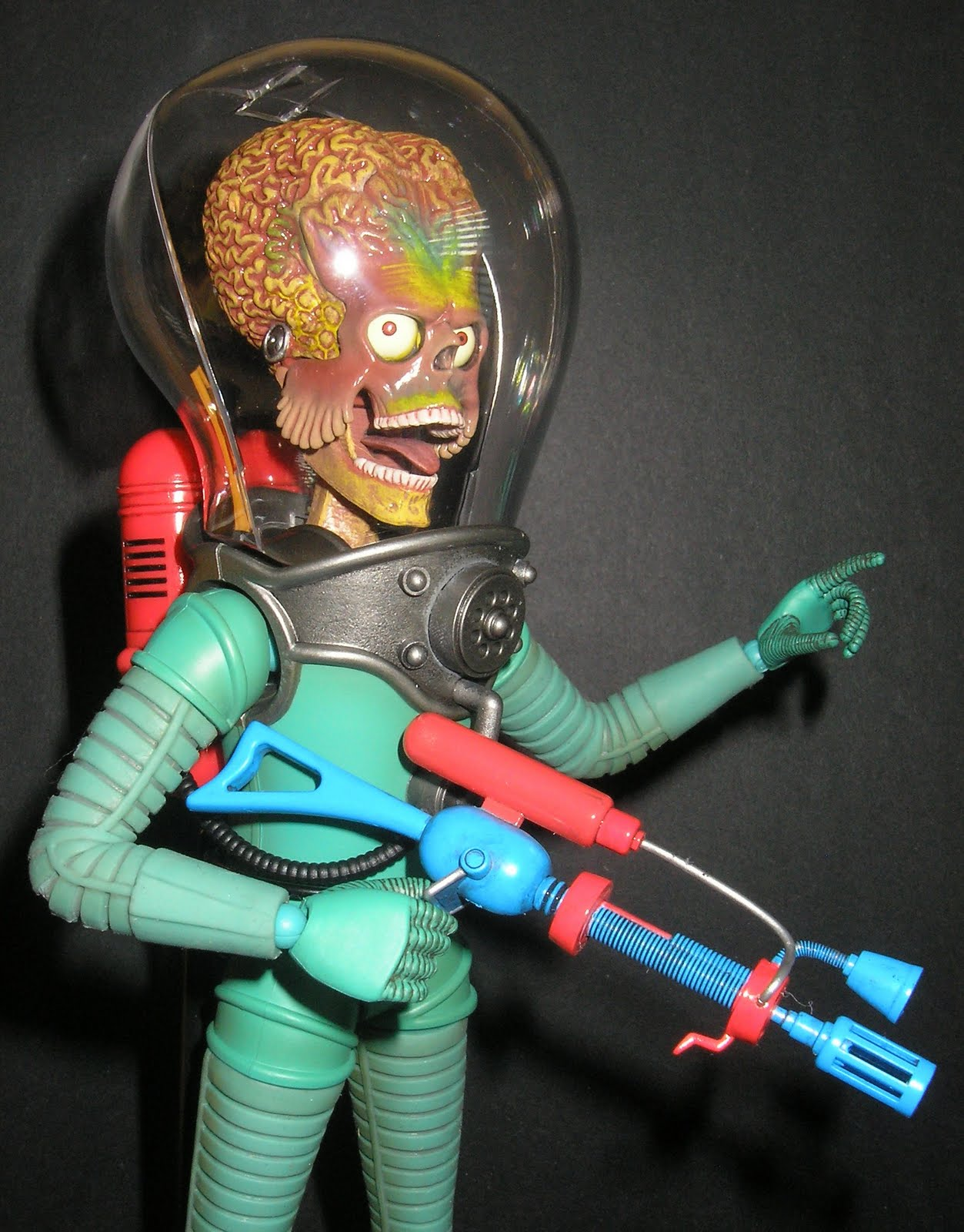 "mars attacks review ""mars attacks"" has the look and feel of a schlocky 1950s science-fiction movie,  and if it's not as bad as a wood film, that's not a plus: a movie."