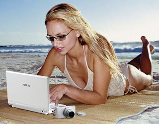 Asus Eee PC Beach Girl