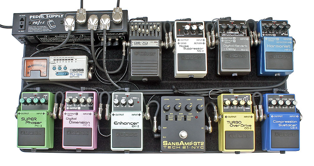 how to use a delay pedal properly