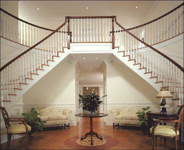 Mi peque o mundo la casa de mis sue os for Escaleras entrada casa