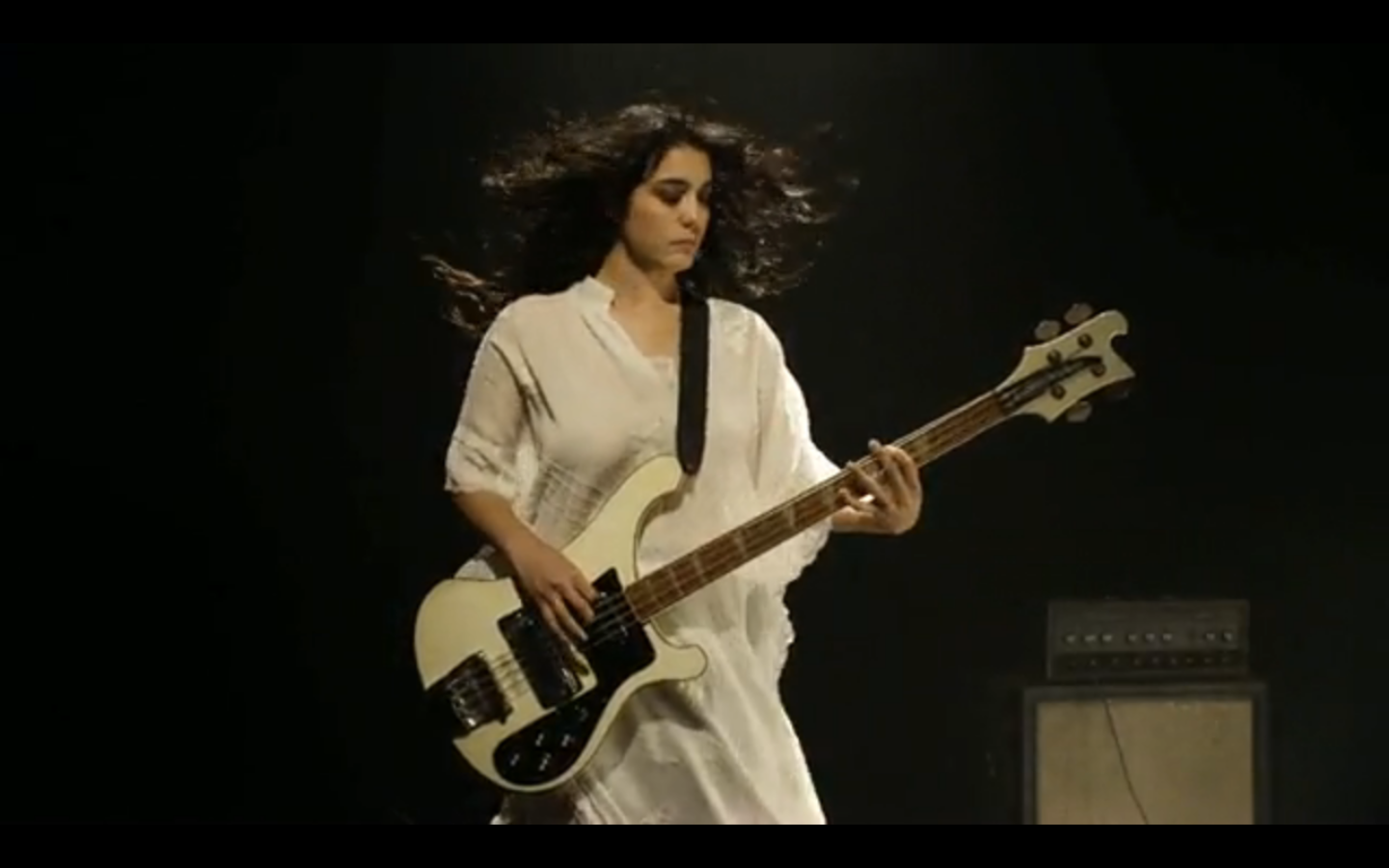 WHITE LIGHTNING: Girl Crush: Jenny Lee Lindberg of WARPAINT