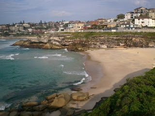 Tamarama Beach, heading toward Coogee
