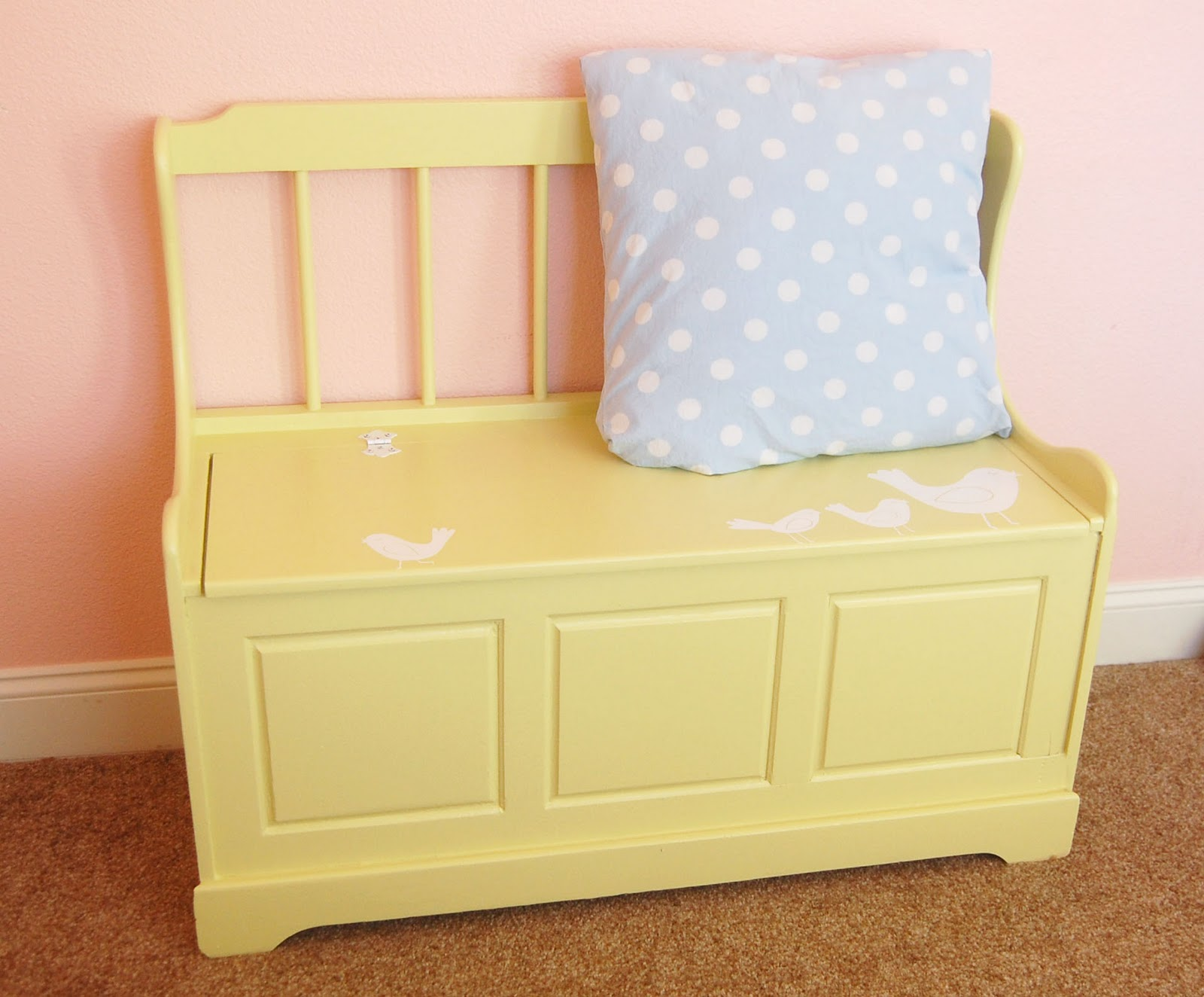 Toy Box Bench Make-Over | abc decor