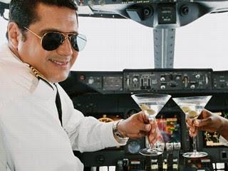 http://4.bp.blogspot.com/_29_shKT4Elw/SuINc7vssHI/AAAAAAAAIng/e4PQlA0IhuM/s400/drunki_pilots.jpg