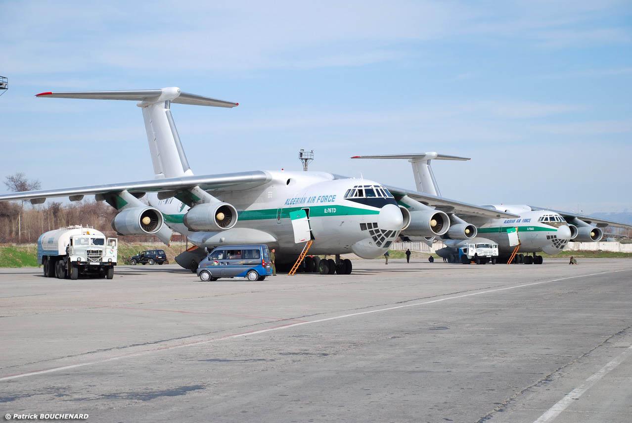 Argelia - Página 3 Candid+IL-76TD+AlgeriaAF-Douchanbe-11mars2008-DSC_0066dotjpg