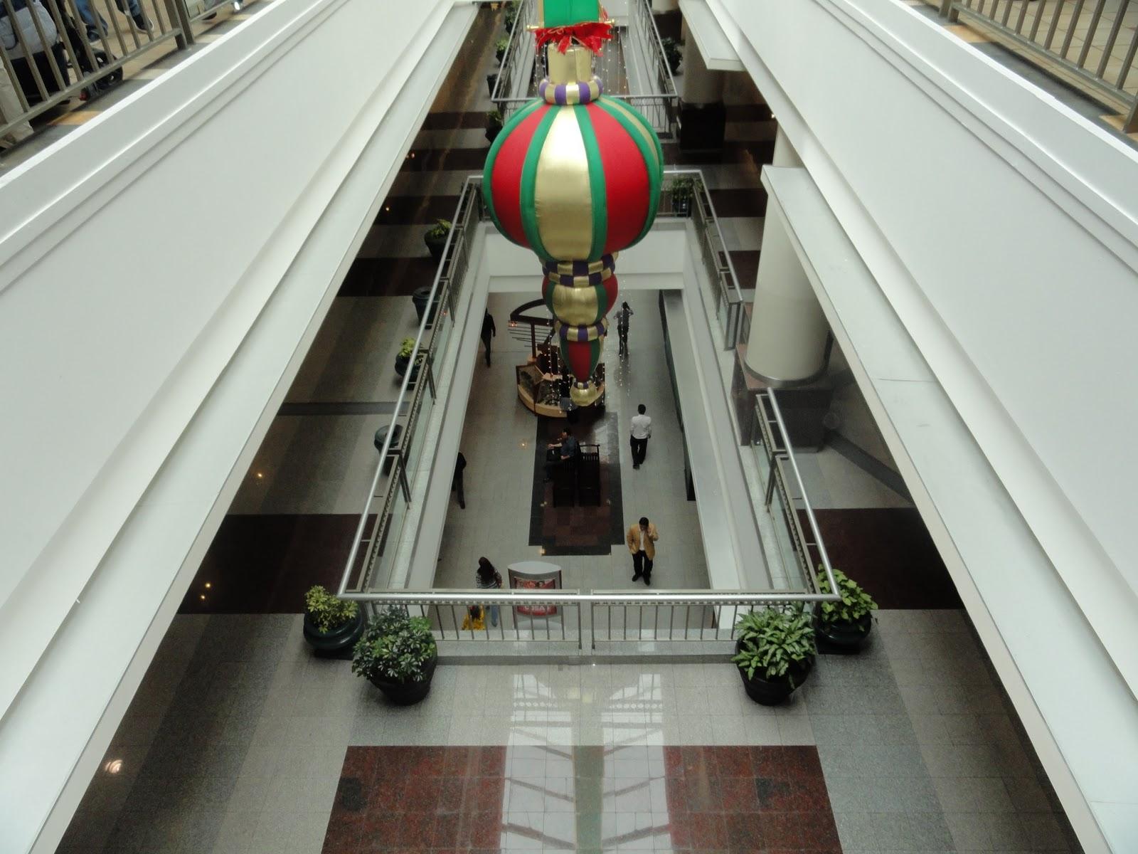 Living and retiring in ecuador on your way to cuenca for Adidas ecuador quito mall el jardin