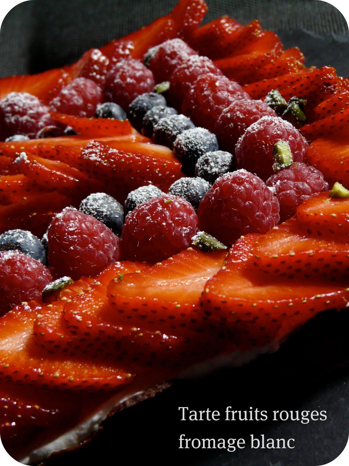 on dine chez nanou tarte fra cheur aux fruits rouges et fromage blanc. Black Bedroom Furniture Sets. Home Design Ideas