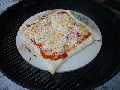 génial ,une pizza au barbecue