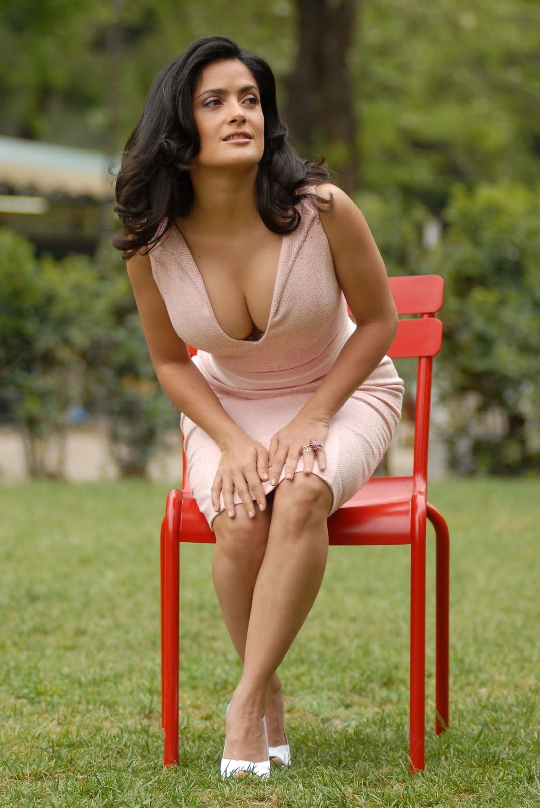 salma hayek does not even have thought that the housewives to enjoy
