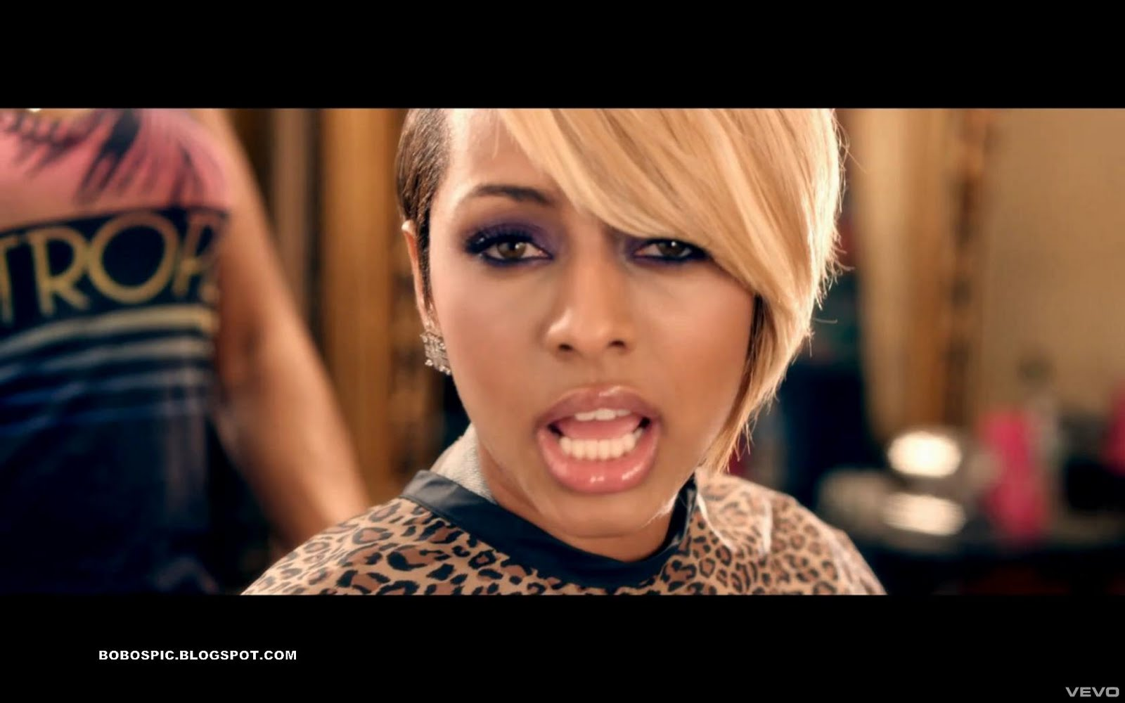 keri hilson breaking point video pictures short