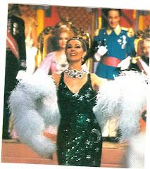 PENOSO 25/12/84: REVISTA MUSICAL EN LUGAR DE CINE