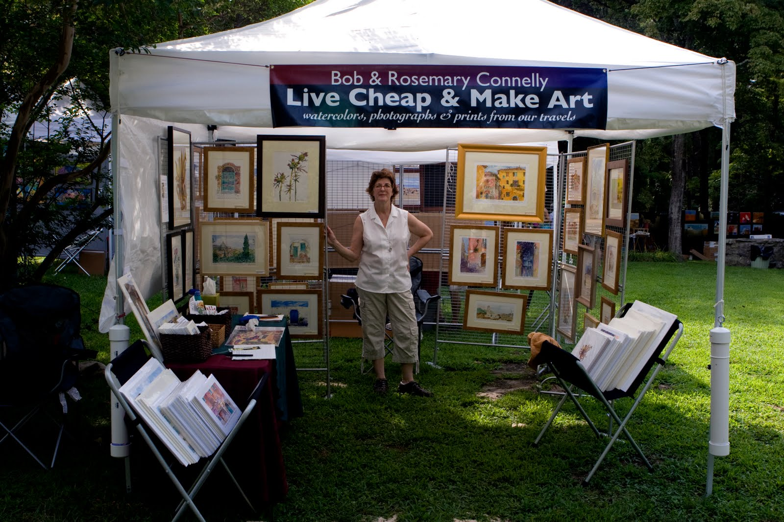 Live cheap and make art usa ral outdoor art show this weekend for How to set up a booth at a craft show