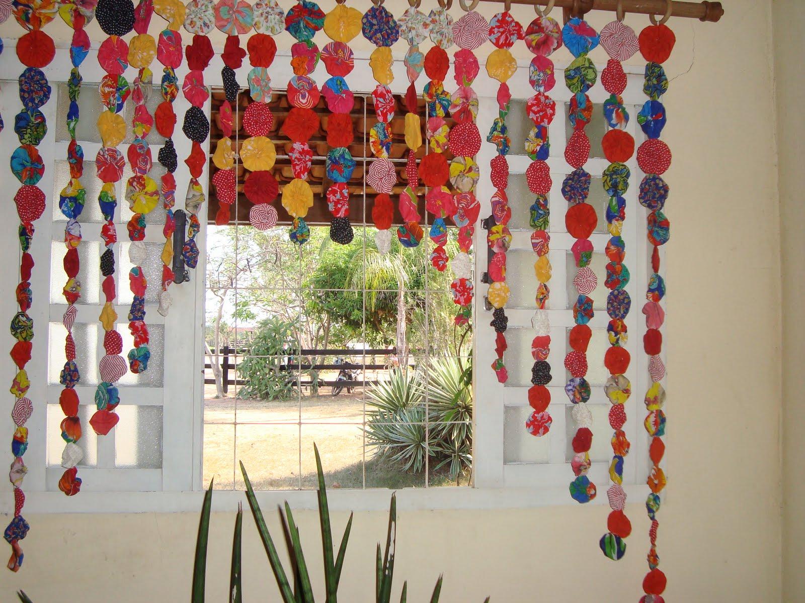 Atelie cantinho da arte cortina de fuxico for Cortinas para aulas