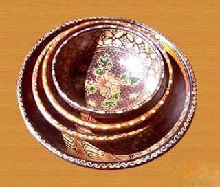 Wooden Batik Art of Natural Handicraft_002