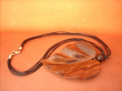 Antique Necklace Leaf Handicrafts, wood Handicraft, Natural Handicraft