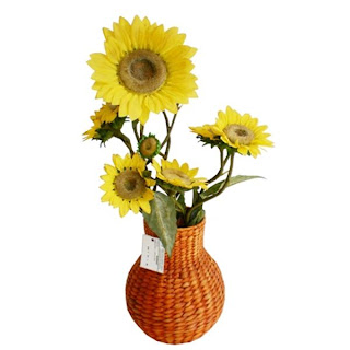 Vase flowers from natural materials, Antique Flower Vase, Vase, Natural Handicraft, Natural Rattan, Rattan