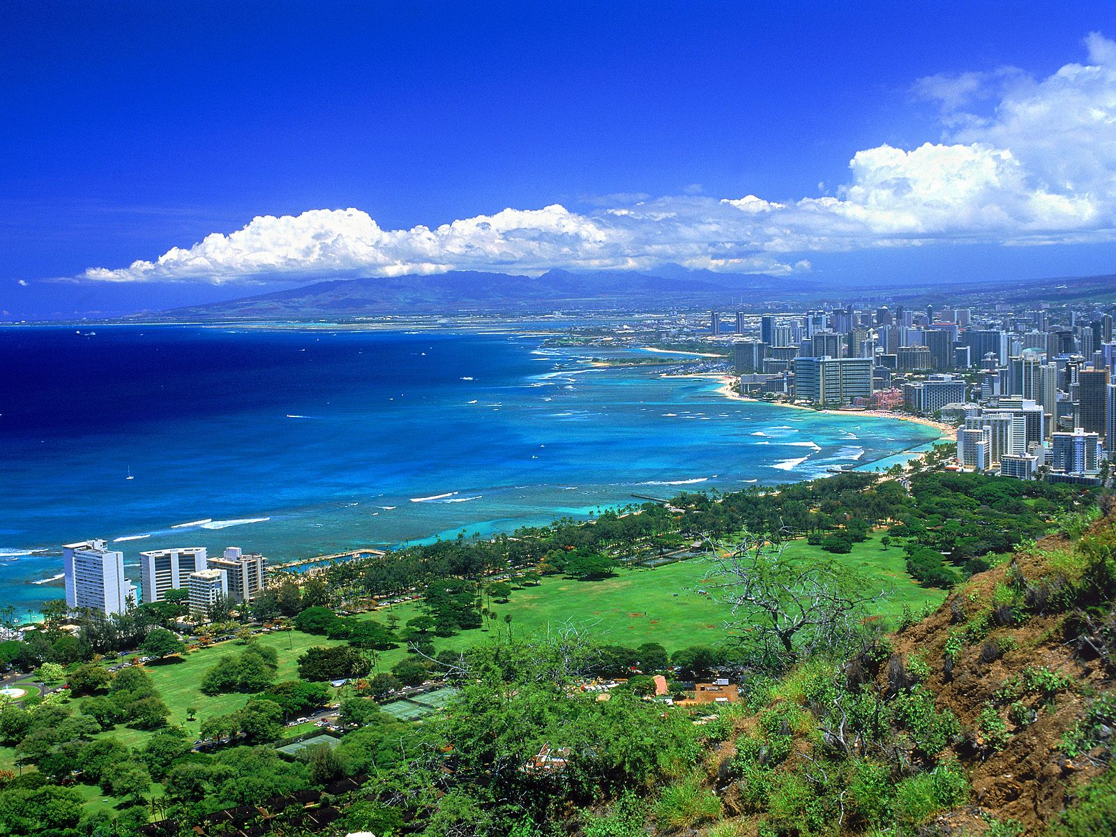 Diamond Head - Oahu, Hawai -