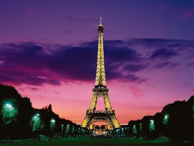 Eiffel Tower Paris Pictures Night on Eiffel Tower  Paris Pictures   World Travel Destinations