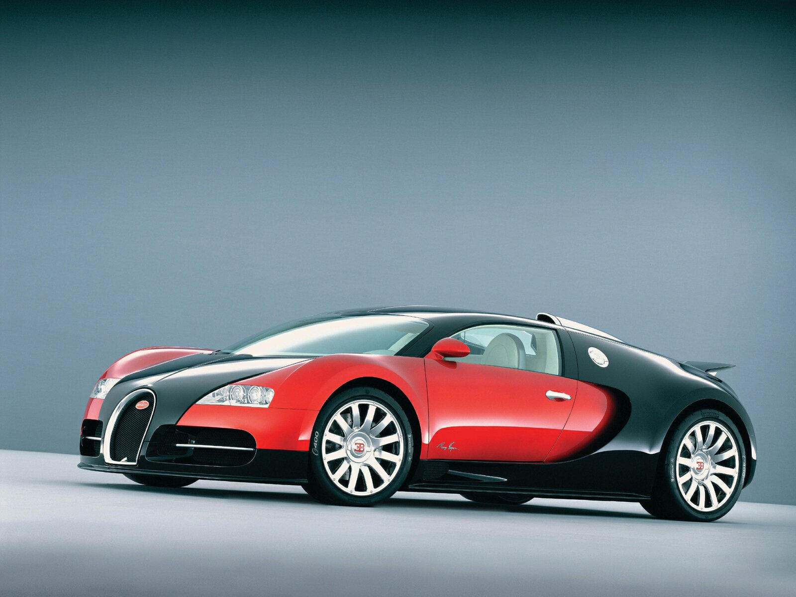 bugatti veyron pictures hd wallpaper. Black Bedroom Furniture Sets. Home Design Ideas