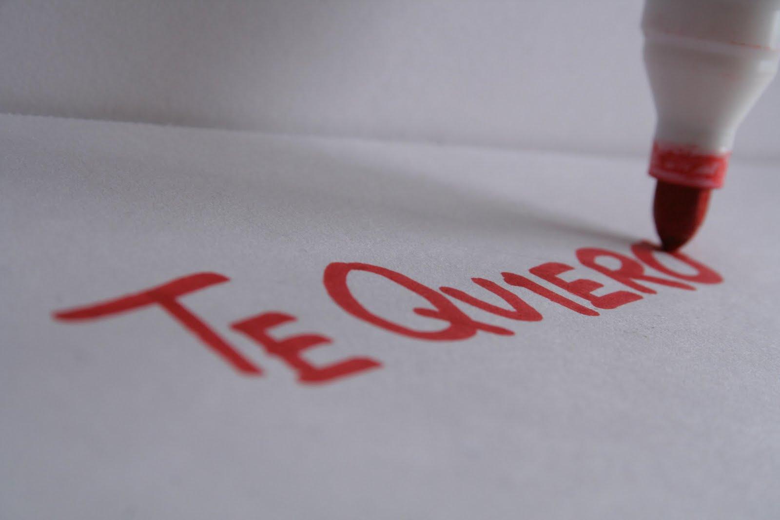 solo decia te quiero en un trozo de papel escribi una palabra lo ...