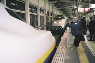東北新幹線「MAXやまびこ」と山形新幹線「つばさ」の連結