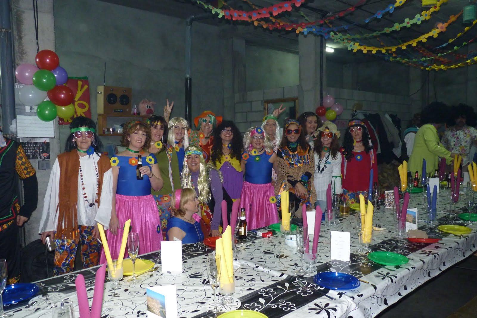 La sede cuadrilla de ballobar fiesta hippie en honor a - Fiestas hippies decoracion ...