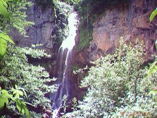Водопад в Мезмае